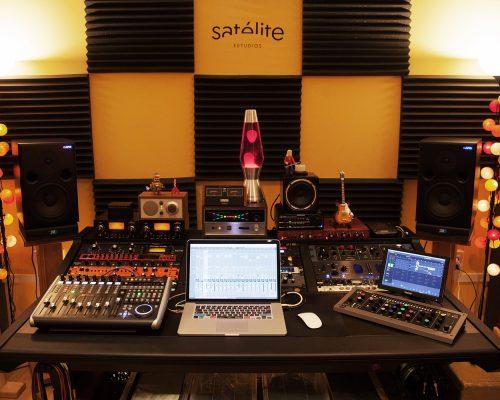 Satélite Estudios